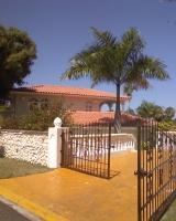 dr-villa-entrance