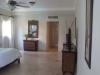 villa-spacious-bedroom2