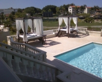villa-pool-area